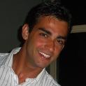Dr. Rubens Girardi Graduado em Odontologia pela Universidade Federal do Rio Grande do Sul (UFRGS) em 2007 Especialista em Ortodontia pela São Leopoldo Mandic em 2013 Membro da SBOE (Sociedade Brasileira de Odontologia Estética) Membro do ITI (International Team of Implantology) Sócio fundador das Clínicas Odontológicas Tatim Cirurgião-dentista parceiro da AZ Odonto– Mãe de Deus Center