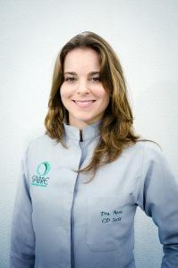 Dra Anna Correa Santos